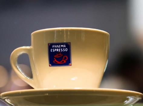 cups-2-cappuccino-aftertaste-santorini